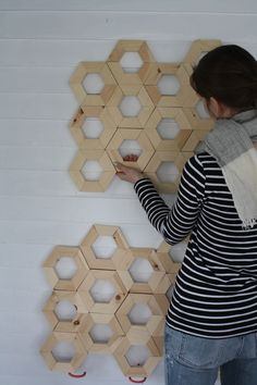 DIY : Honeycomb wall art