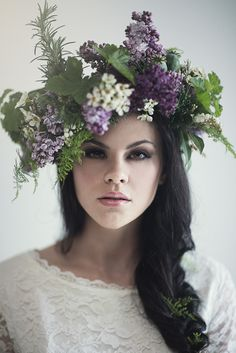 Pretty lilac bridal wreath (photo shoot)—fashion photographer, Emily Soto©❣ emilysotoblog.com