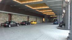 パレスホテル東京の車寄せ