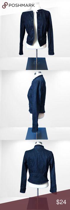 Tommy Hilfiger denim blazer jacket Tommy Hilfiger denim blazer in great condition with no imperfections! Size medium Tommy Hilfiger Jackets & Coats Blazers