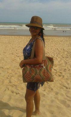 Bolsa Xiculo - Belecar - Bolsa grande feminina em tecido Foto recebida da cliente. #bolsaemtecido #bolsexclusiva #capulana #bolsaemcapulana #bolsagrande #bolsabelecar #belecar