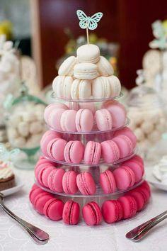 Macaroon Cake, Macaron Cookies, Macaroon Tower, Wedding Cookies, Wedding Desserts, Dessert Bars, Dessert Table, Pink Macaroons, Macaroons Wedding