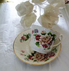 Vintage Royal Kendal teacup  china teacup  by NewtoUVintage