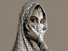 Beautiful-Arab-Women-with-Beautiful-Eyes-hijab-niqab