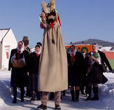 Fašiangový sprievod s Turoňom - Kysucké múzeum Raincoat, Easter, Jackets, Fashion, Carnavals, Rain Jacket, Down Jackets, Moda, Fashion Styles