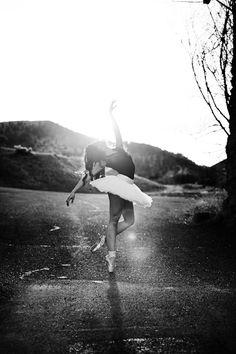 Tutus, Back Alleys & Scattered Light – Julia's Senior Photoshoot » Treehouse Photography
