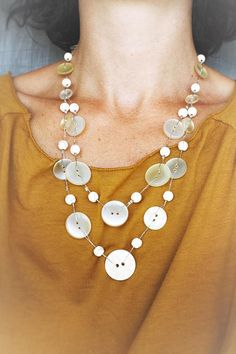 Mid-long necklace with recycled buttons and Howlite beads