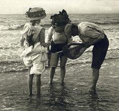 1890's - Fishing for shrimp. France