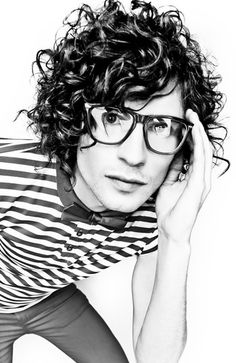 Curly, Glasses