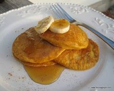 <3 High Protein, Low Carb Breakfast Recipes: Pancakes & Cinnamon  | F
