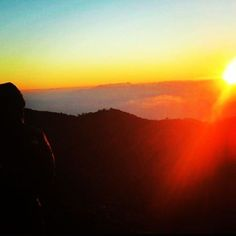 Nothing beats doing something for the first time... This is My 2015  mount pulag adventure  photo.. got a chance to see the sunrise just as close as you can imagine.. you can even touch the clouds.. Will definitely go back this year  with shunget... cant wait #traveler  #ilovetravel #lovetotravel #travelgram  #myphilippines #pinas  #traveltothephilippines