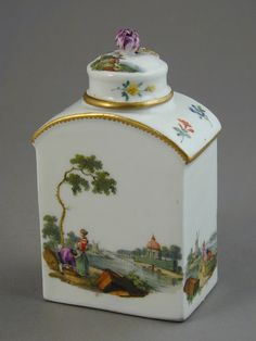 Meissen tea caddy finely painted with landscapes