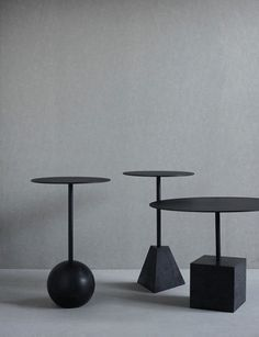 Ida Linea Hildebrand Knockout Table