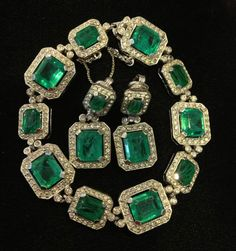 Vintage Signed Ciner Green Emerald Rhinestone Earrings Bracelet | eBay. Vintage CostumesVintage Costume JewelryVintage ...  sc 1 st  Pinterest & 132 best The Glass is Greener: Vintage Jewelry In Shades of Green ...