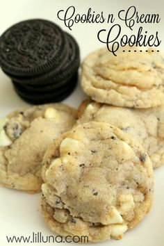 Cookies n Cream Cookies. If you love oreos you will love these! Cookies n Cream Cookies. If you love oreos you will love these! Best Cookie Recipes, Sweet Recipes, Baking Recipes, Easy Recipes, Delicious Recipes, Sweet Treats, Yummy Treats, Yummy Food, Biscuits Au Caramel