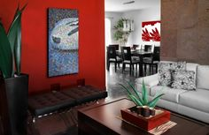 une peinture rouge pour un salon contemporain