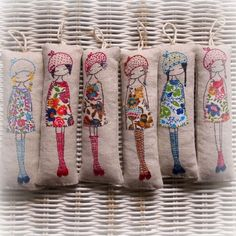 Lilipopo - lavender girls so cute. Free Motion Embroidery, Embroidery Applique, Cross Stitch Embroidery, Embroidery Patterns, Machine Embroidery, Fabric Art, Fabric Crafts, Sewing Crafts, Lavender Bags