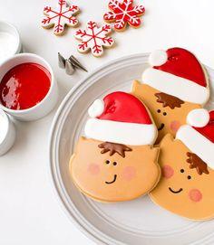 Elf Cookies - Decorated Christmas Cookies via www.thebearfootbaker.com