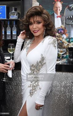 Actress Joan Collins attend the 2016 Vanity Fair Oscar Dinner Hosted By Graydon Carter at Wallis Annenberg Center for the Performing Arts on February 28, 2016 in Beverly Hills, California.