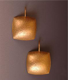18k royal yellow gold pillow cushion earrings- Maria Samora