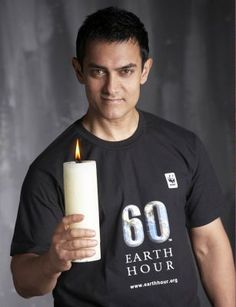 Indian actor Aamir Khan supporting Earth Hour in 2009.