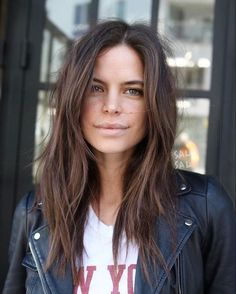 Mittellange lange Frisuren - Neu Haare Frisuren 2018 Medium long hairstyles long hair y belleza Long Shag Haircut, Haircuts For Long Hair, Cool Hairstyles, Long Shag Hairstyles, Modern Shag Haircut, 1950s Hairstyles, Hairstyles 2018, Haircut Thin Fine Hair, Best Haircuts