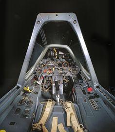 11-cockpit-avion-Focke-Wulf-Fw-190-F-8 - La boite verte