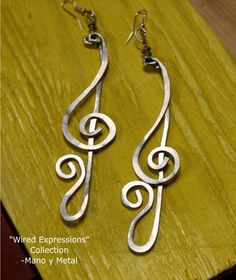 I can so do this one using 18 gauge aluminum wire shape and pound out hook to fish hook earrings