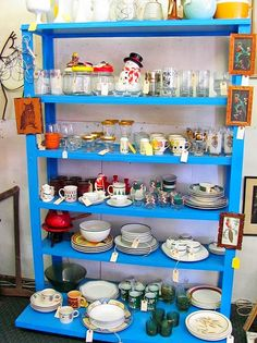 Learn How to Earn 1K Per Month From Your Antique Mall Booth with