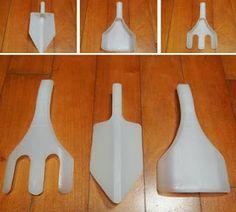 ideas for garden crafts diy kids plastic bottles Plastic Milk Bottles, Plastic Bottle Crafts, Recycled Bottles, Milk Jugs, Plastic Recycling, Garden Crafts, Garden Tools, Recycled Crafts, Diy Crafts For Kids