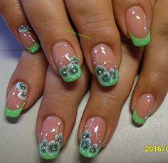 Green with envy - Best Nail Art Pretty Toe Nails, Pretty Nail Art, Fancy Nails, Cute Nails, Nail Polish Designs, Nail Art Designs, Nail Art Videos, Flower Nail Art, Nagel Gel