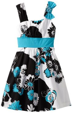 I absolutely love this pattern and color combination.  I could see designing a whole room around this dress!!