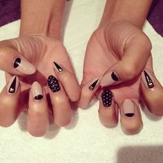 Pointy nail. Pink and black