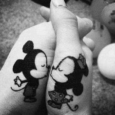 Mickey kiss!!!