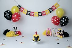 Source by melodydelrocio Mickey Mouse Smash Cakes, Mickey Mouse Theme Party, Mickey Mouse Birthday Decorations, Mickey 1st Birthdays, Mickey Mouse First Birthday, Mickey Mouse Clubhouse Birthday Party, 1st Boy Birthday, Elmo Party, Dinosaur Party