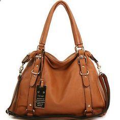 El bolso esta hecho de cuero. Es muy grande y marrón. Quiero comprar este bolso.