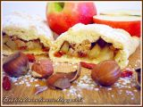 Strudel di mele, nocciole e bacche di goji
