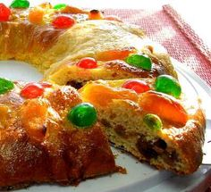Rosca de Reyes ! the 3 wise men bread, recipe sounds good