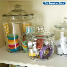 Our Anchor Hocking Glass Canisters with Glass Lids are our best selling options in large capacity glass food storage. They're great for flour, sugar, coffee, tea or rice. The unsurpassed visibility makes it easy to quickly identify the contents - especially advantageous when these are used as cookie jars! Coffee Container, Container Store, Glass Canisters, Glass Jars, Chalk Labels, Small Craft Rooms, Organizing Wires, Cereal Dispenser, Cupboard Shelves