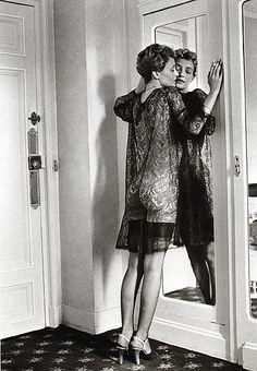 Loulou de la Falaise: 1975: Hotel Pont-Royal, Paris; photographed by Helmut Newton