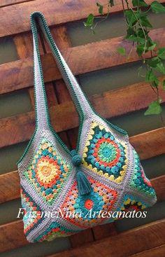 43 ideas for knitting bag sewing pattern granny squares Crochet Market Bag, Crochet Tote, Crochet Handbags, Crochet Purses, Crotchet Bags, Knitted Bags, Crochet Purse Patterns, Bag Patterns To Sew, Granny Square Bag