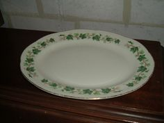 Vintage Homer Laughlin ivory 11 1/2 inch oval platter ivy design with gold
