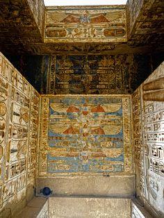 Medinet Habu lintel reliefs Temple of Ramesses lll
