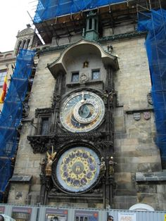 Astronomical clock, Prague Old Town. Prague Old Town, Top Site, Walking Tour, Big Ben, Travel Destinations, Old Things, Clock, Tours, Road Trip Destinations