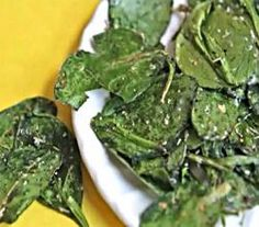 Italian Herb Baked Spinach Chips Healthy Snack Idea