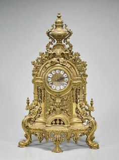 on Nov 2018 Large Vintage Wall Clocks, Large Clock, Plywood Furniture, Clock Antique, Eames, Classic Clocks, Wall Clock Online, Mantel Clocks, Retro Clock