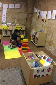 Además de leer, dibujar, hacer puzzles en el Rincón Infantil podemos jugr Thing 1, Toy Chest, Storage Chest, Toys, Puzzles, Home Decor, Lego Brick, Shells, Draw