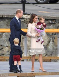 News Photo : Catherine, Duchess of Cambridge, Prince William,...