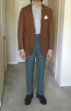 Sal model from Eidos, tobacco linen, soft-shouldered sport coat and spread collar shirt from Suitsupply,  suede Carmina shoes