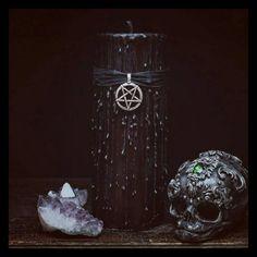 Hey, diesen tollen Etsy-Artikel fand ich bei https://www.etsy.com/de/listing/499809544/hexen-schwarze-magie-kerze-wicca-ritual